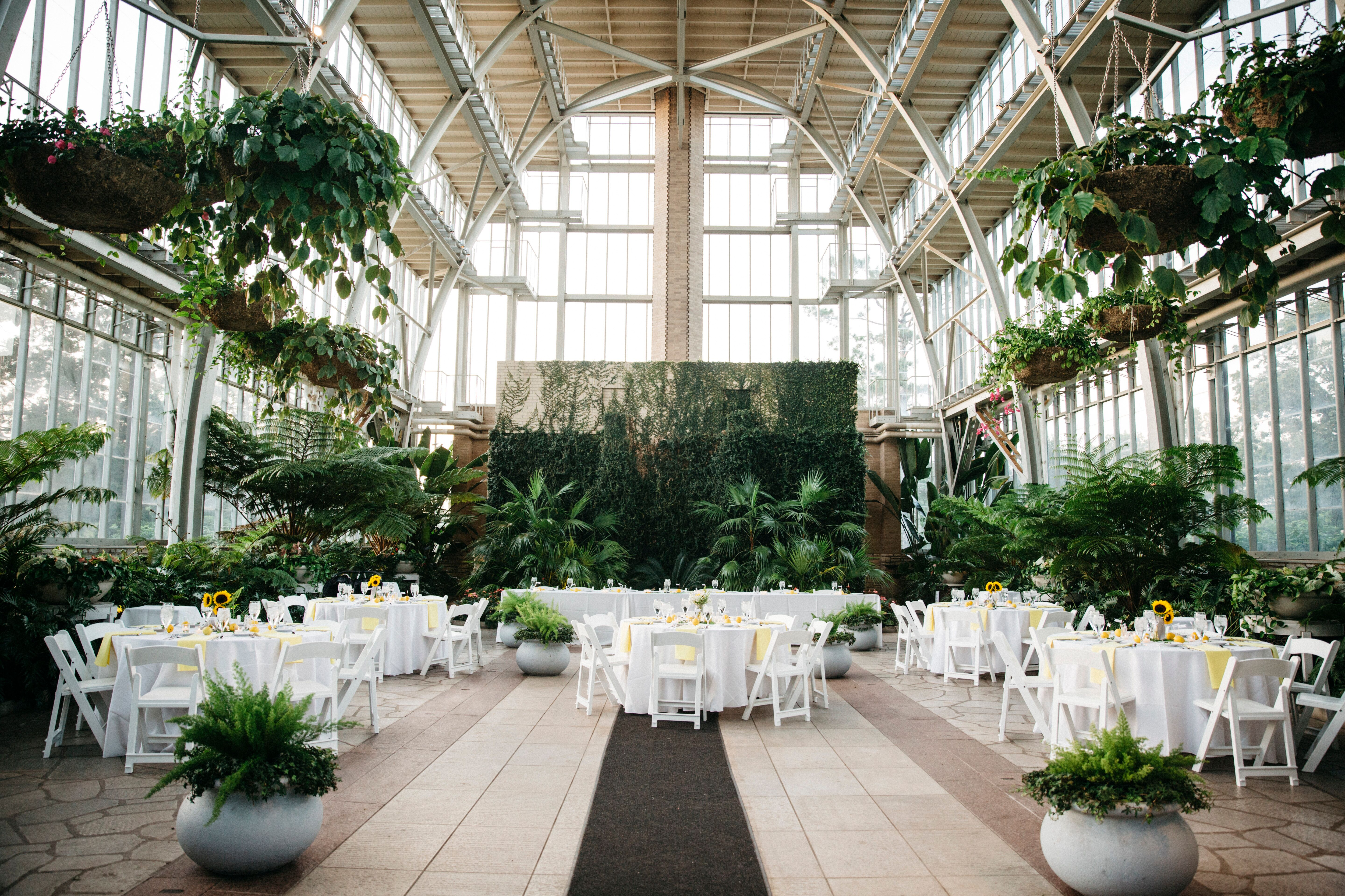 a yellow wedding at the jewel box in st louis missouri