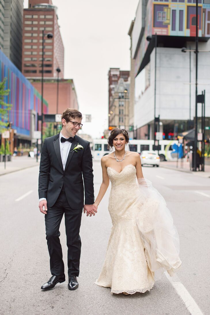 A Glam Modern Wedding With Egyptian Flair At The Center In Cincinnati Ohio