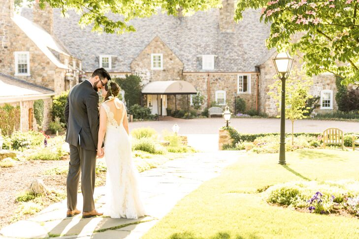 Fiddler's Elbow Country Club in Bedminster, New Jersey, where the ceremony and reception were held, with its stone facade, was the perfect locale for the couple's vintage aesthetic. The interior of the building was completely renovated a few months before the wedding.