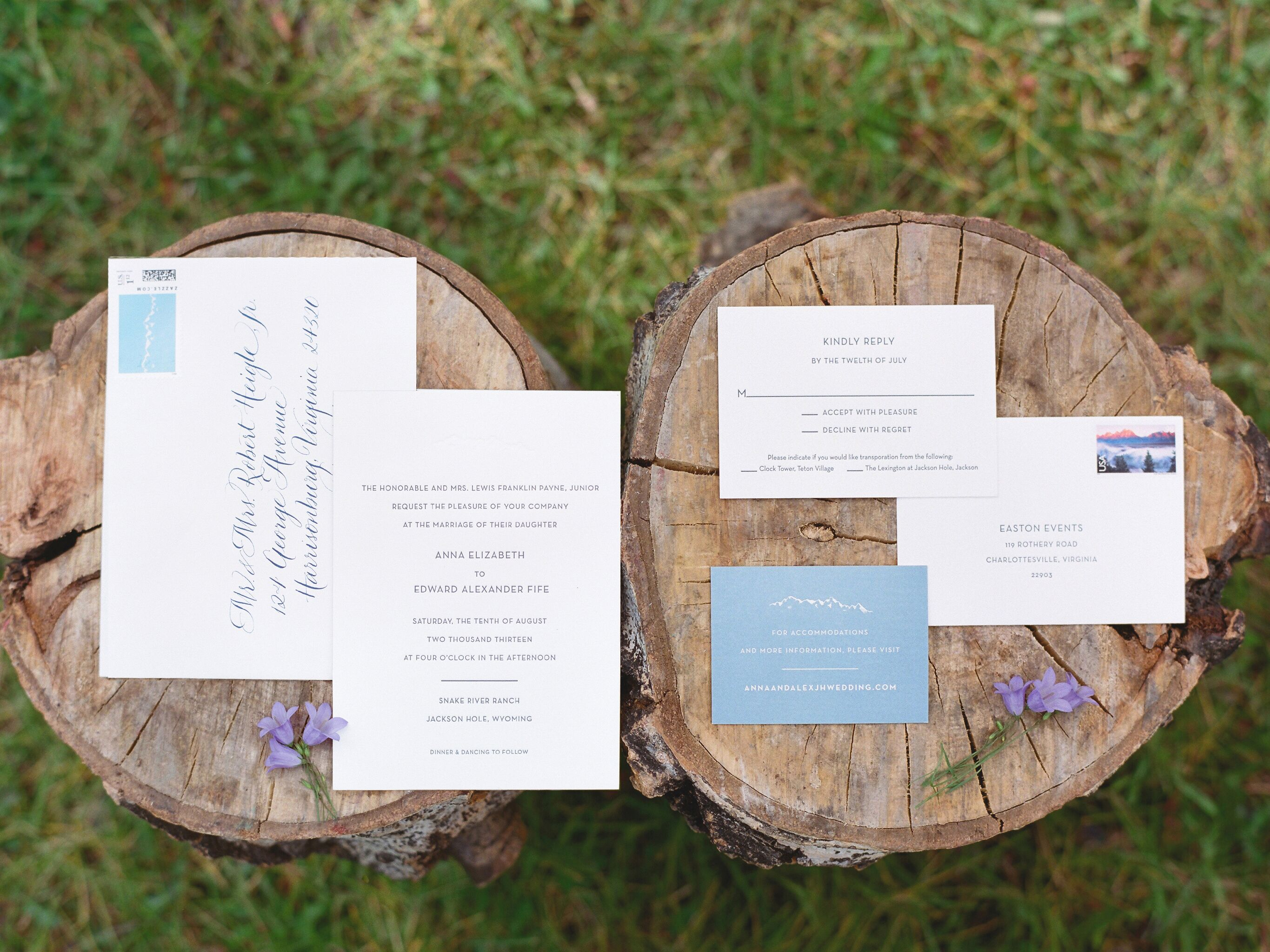 Ways To Save Money On Wedding Invitations: How To Save On Your Wedding Stationery