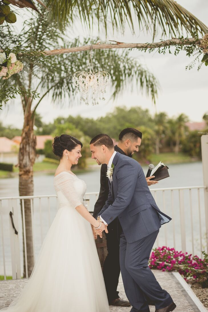 A Vintage Rustic Wedding At Private Residence In Miami Florida
