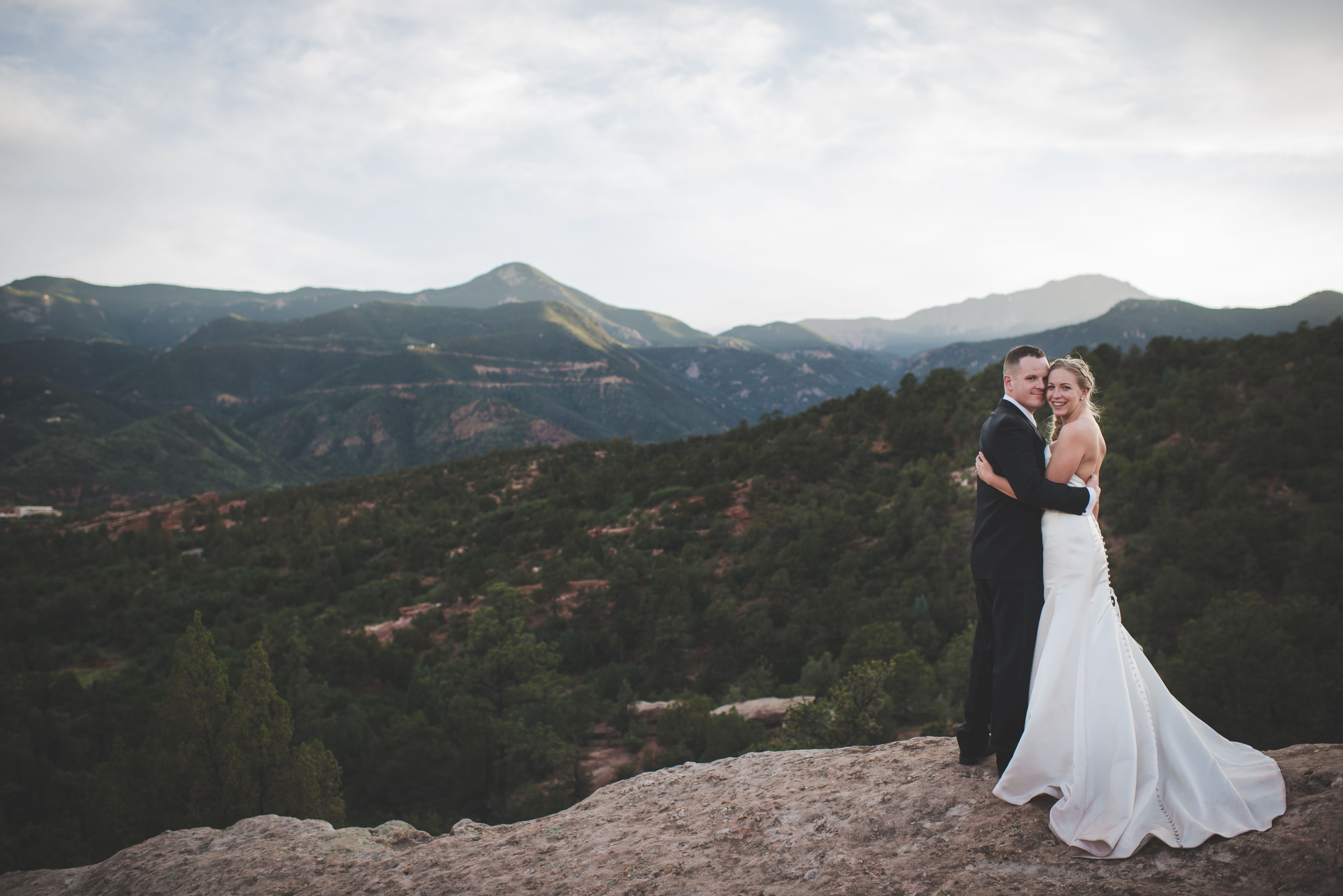 An Intimate Mountain Wedding At Garden Of The Gods Park In Colorado Springs Colorado