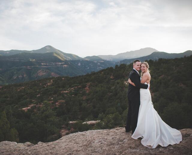 An Intimate Mountain Wedding At Garden Of The Gods Park In Colorado Springs