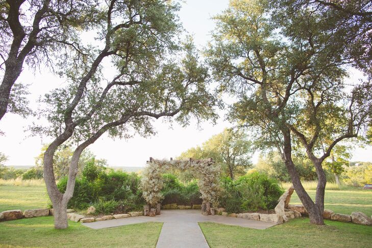 A Simple Elopement at Vista West Ranch in Dripping Springs ...