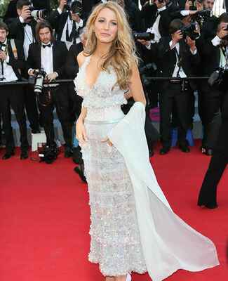 Blake Lively: Getty Images / TheKnot.com