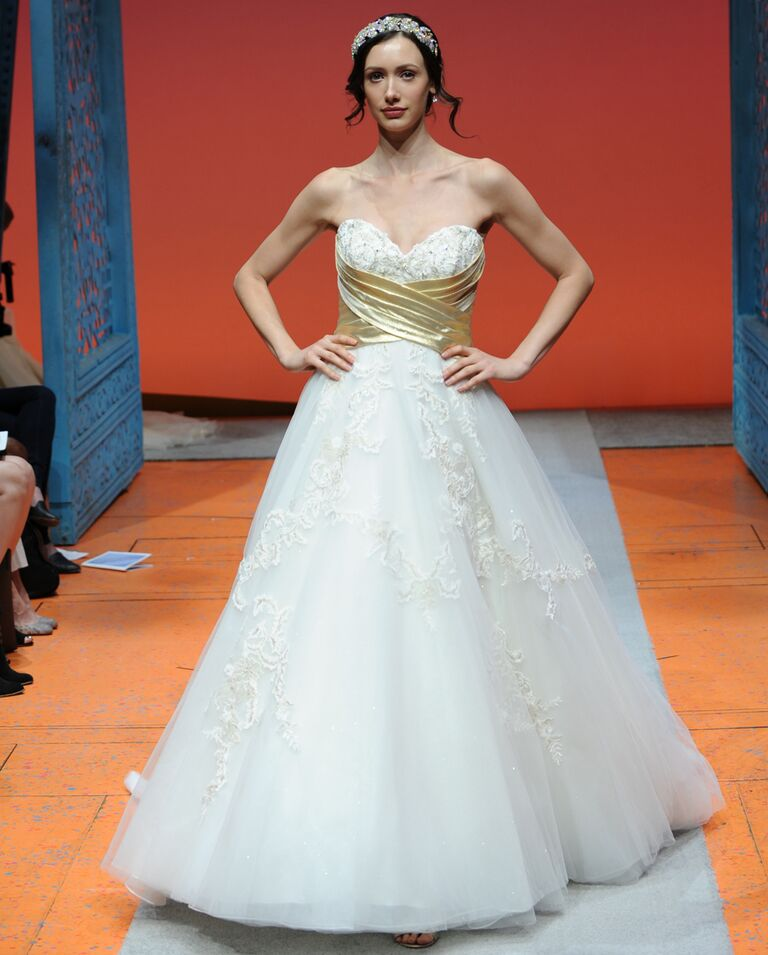 Disney fairy tale weddings by alfred angelo bridal fashion week photos alfred angelo disney fall 2016 strapless tulle and glitter snow white wedding dress with pleated cummerbund junglespirit Choice Image