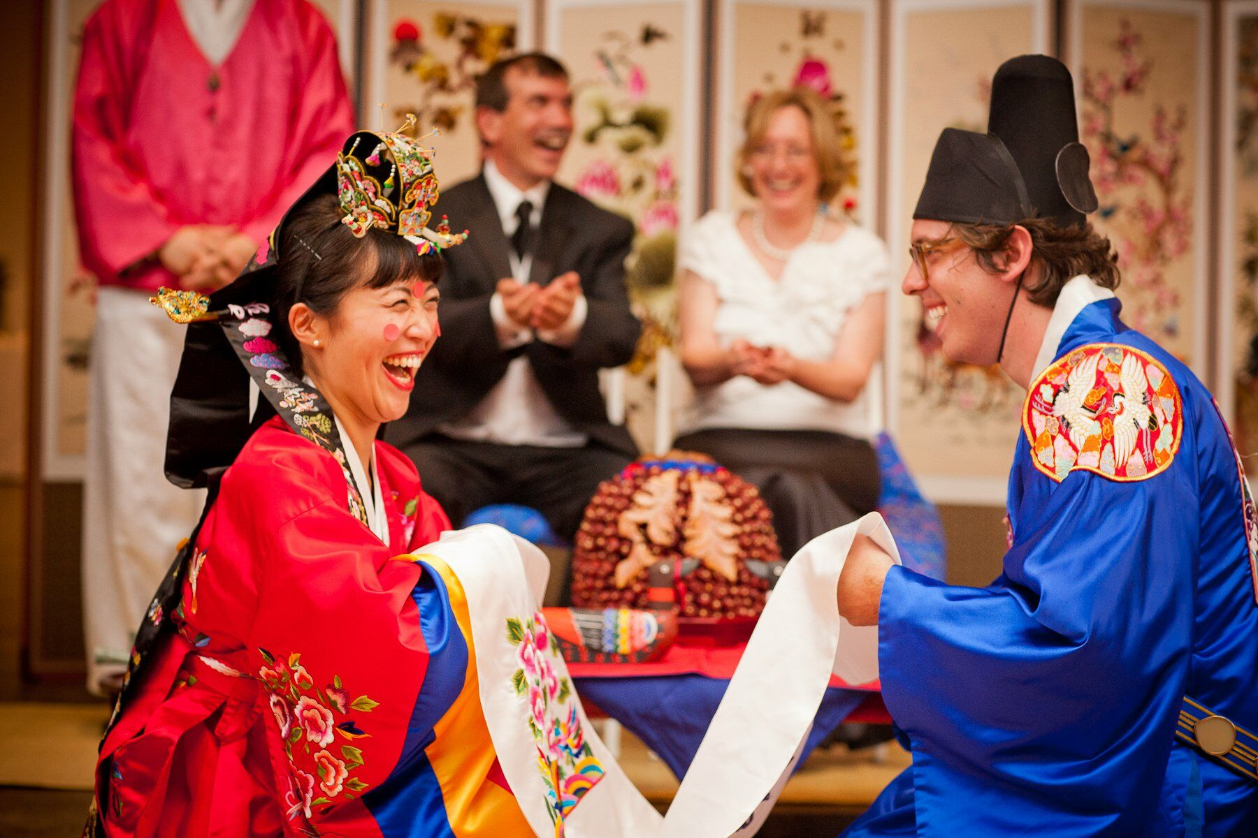 Traditional Korean Wedding Gifts: Traditional Korean Wedding Attire