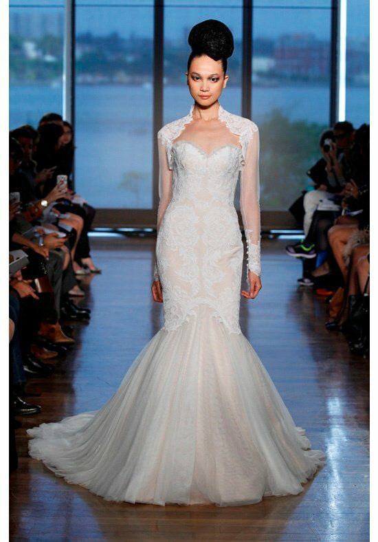 Ines Di Santo Airlia Wedding Dress photo