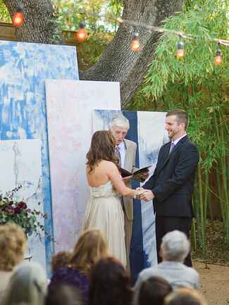 Custom painted art canvases for a unique ceremony background