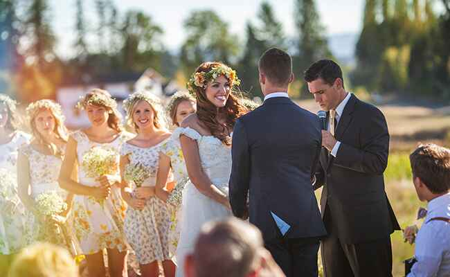 Audrey Roloff and Jeremy Roloff say their vows
