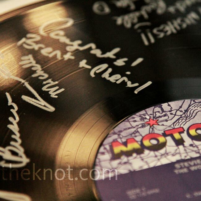 Wedding Gift Record Book: Vinyl Record Guest Book