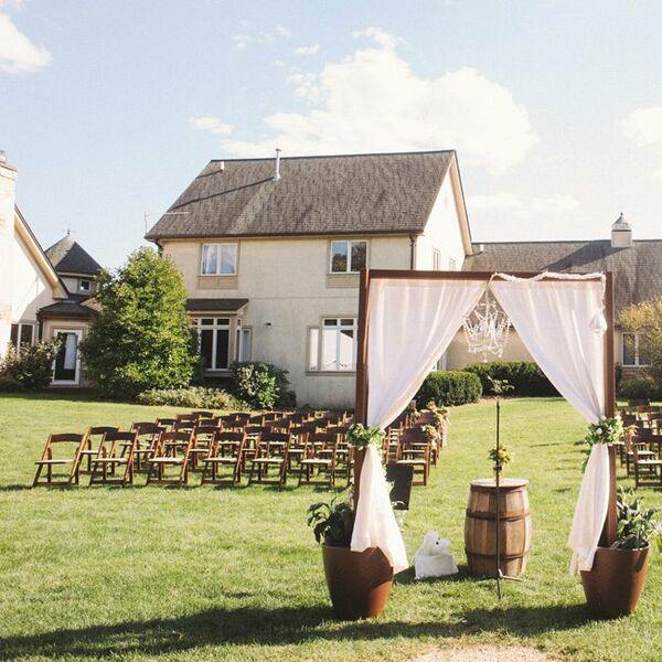 Handmade Wedding Altar: Creative Reception Signs