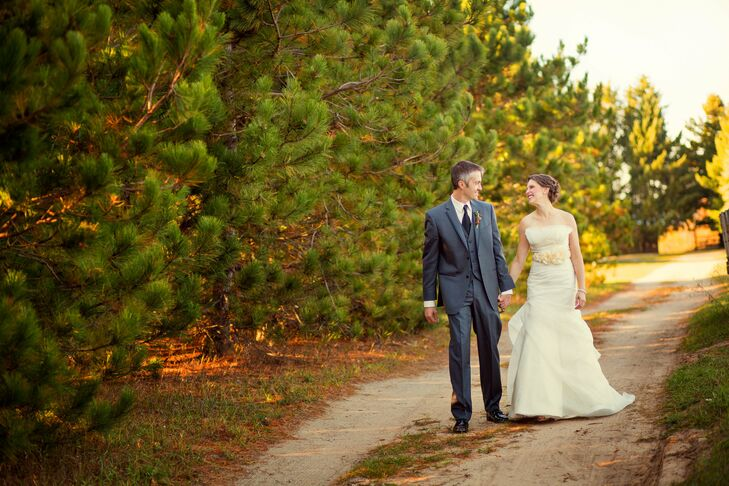 A Rustic Nature Inspired Wedding In Maple City MI