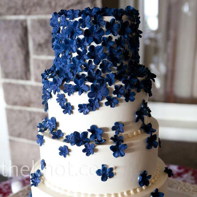 blue sugar flower cake