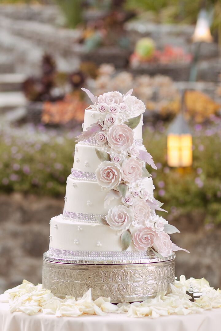 White wedding cake with pink flowers mightylinksfo