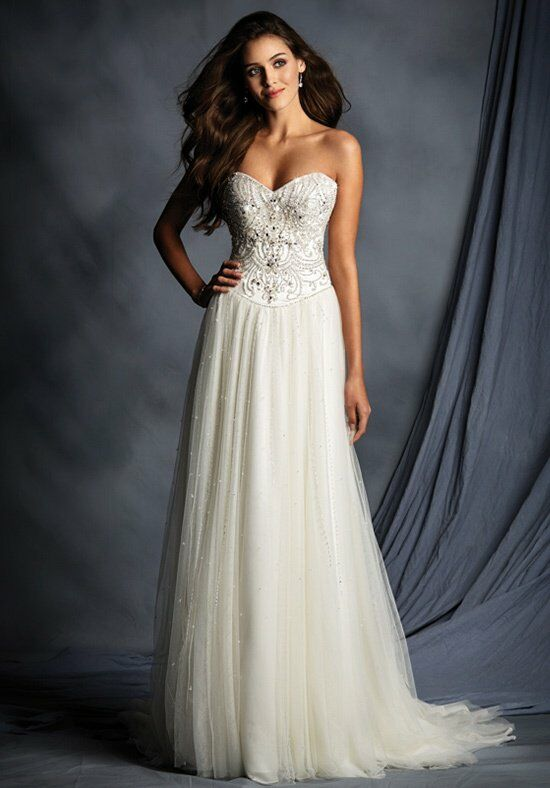 Alfred Angelo Signature 2499 Wedding Dress photo