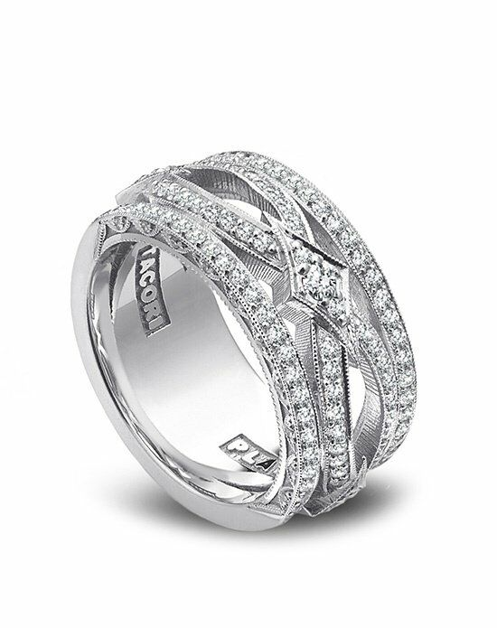 Platinum Engagement and Wedding Ring Must-Haves Tacori Platinum and Diamond Band Wedding Ring photo