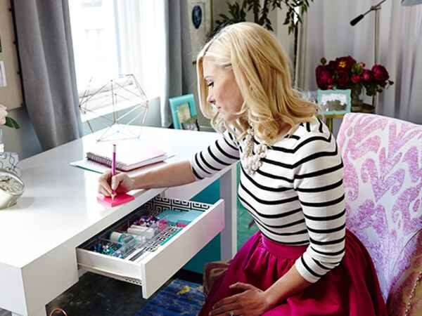 3 fashion bloggers share their best home organizing tips.