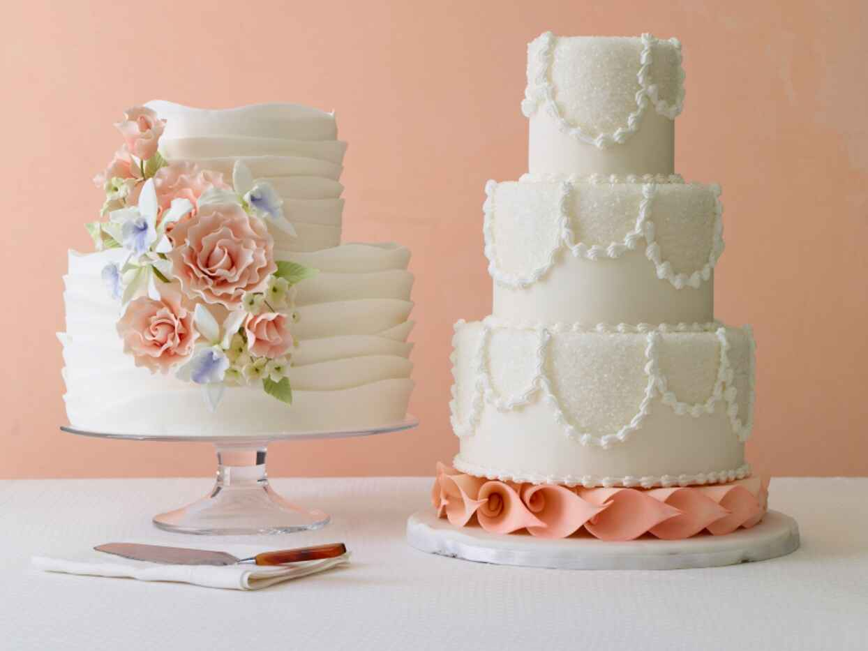 7 Pretty Cakes We Can't Stop Looking At
