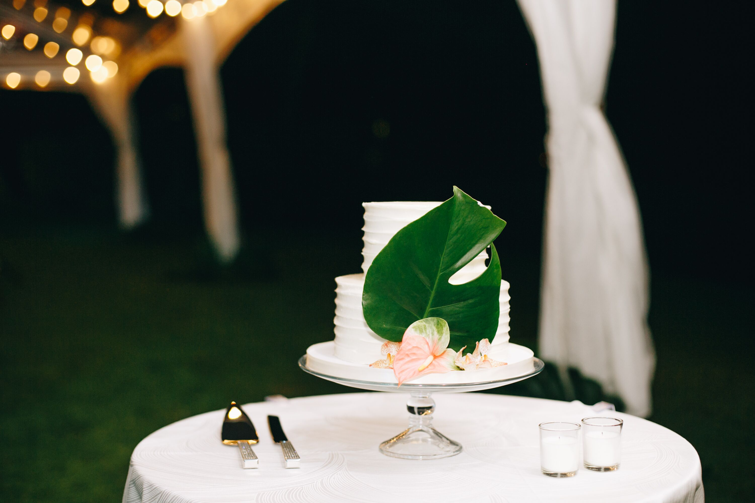 Simple Elegant Wedding Cake With Greenery Bez innovations gold floral leaf square cake stand, 18. simple elegant wedding cake with greenery