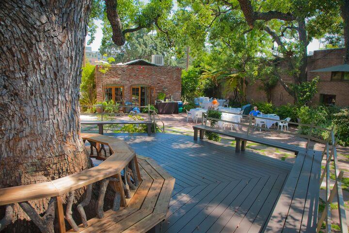Happy Trails Gardens Pasadena Ca