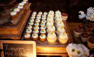 cupcake wedding dessert bar