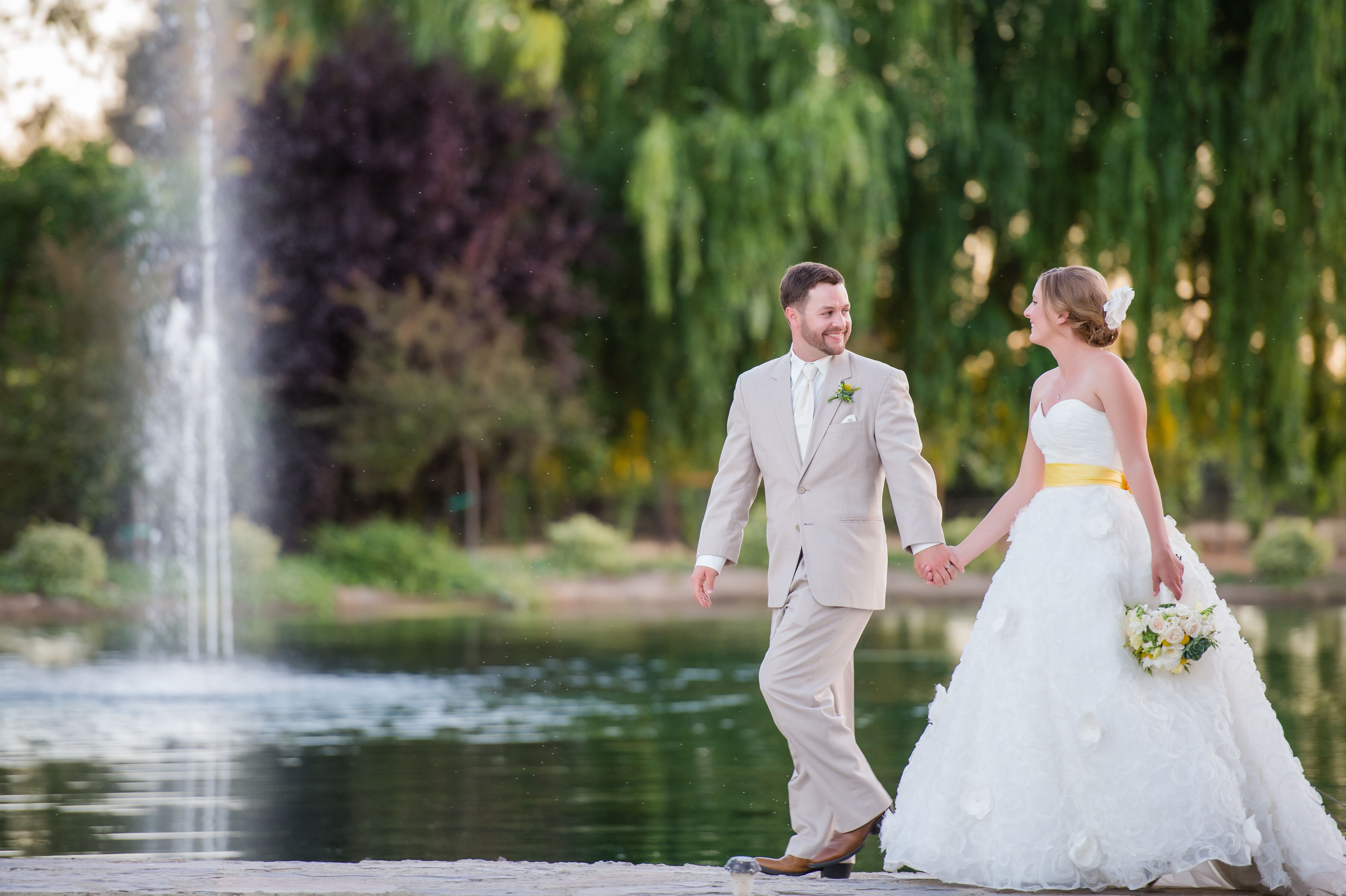 A Rustic Country Chic Wedding At Stone Ranch In Lodi California