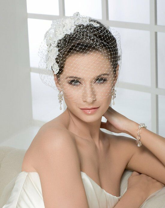 Bel Aire Bridal 6225 Wedding Accessory photo
