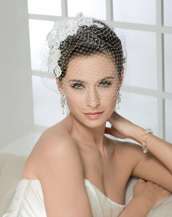 Bel Aire Bridal 6225 Wedding Veils photo