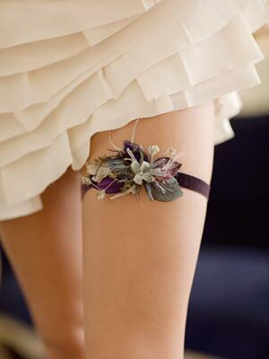 https://www.theknot.com/content/wedding-accessory-ideas