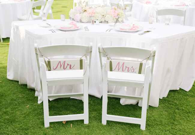 mr. and mrs. chair signs | Cristina Elena Photography | Blog.theknot.com
