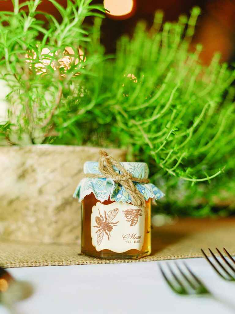 Rustic wedding favor idea with jarred honey