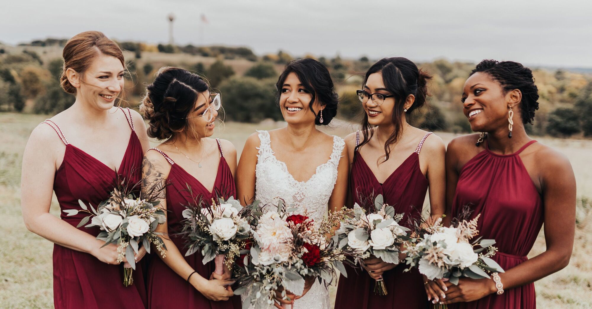 49 Stunning Bridesmaid Hairstyle Ideas For Any Wedding