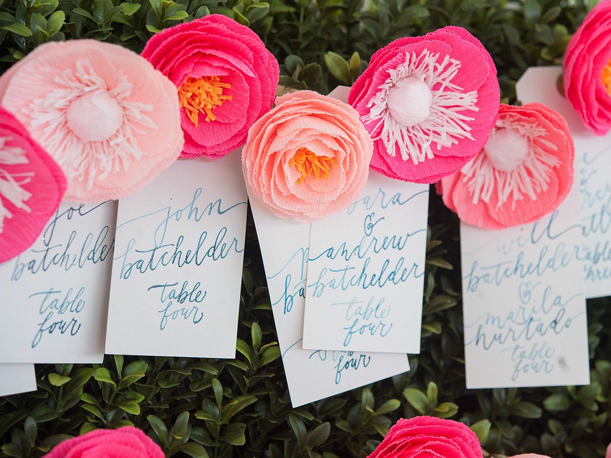 15 Chic Ways to Use Paper Flowers at Your Wedding