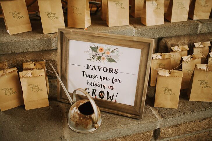 Wedding Take Home Gifts: Wildflower Seed Packet Wedding Favors