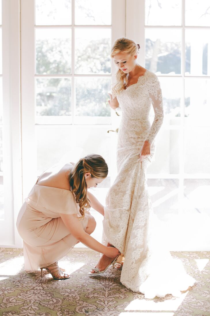 Anne Barge Wedding Dress With Long Sleeves