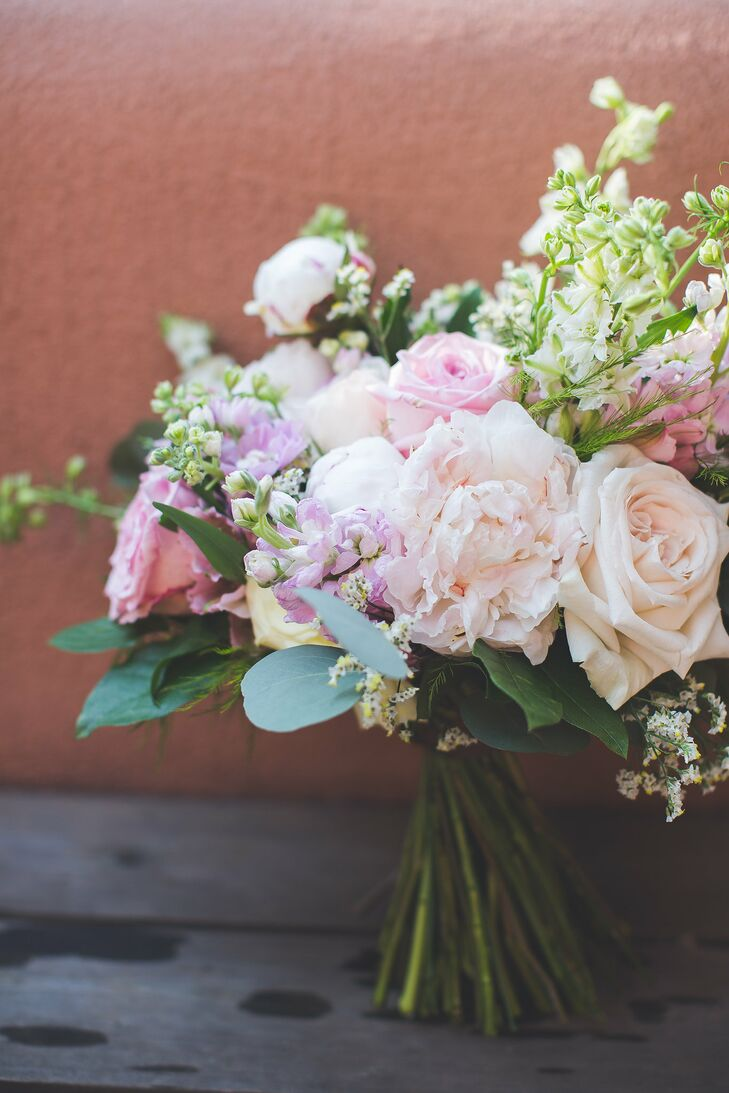 rustic rose and peony bridal bouquet