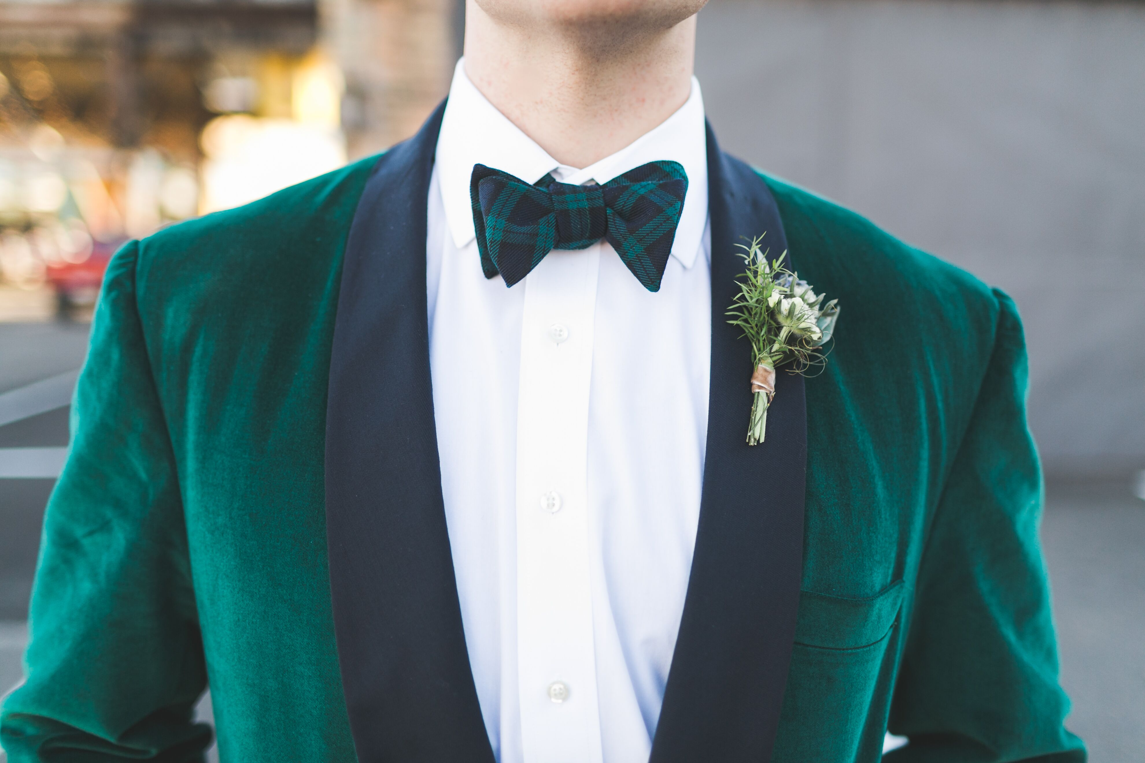 Velvet Emerald Green Groom Tuxedo With Plaid Bow Tie