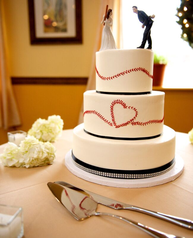 Baseball Wedding Cake Gobrail Photography Blog Theknot