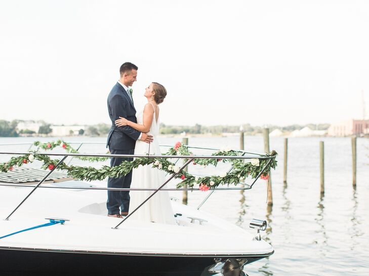 A natural nautical wedding at boatwerks event center in holland a natural nautical wedding at boatwerks event center in holland michigan junglespirit Images