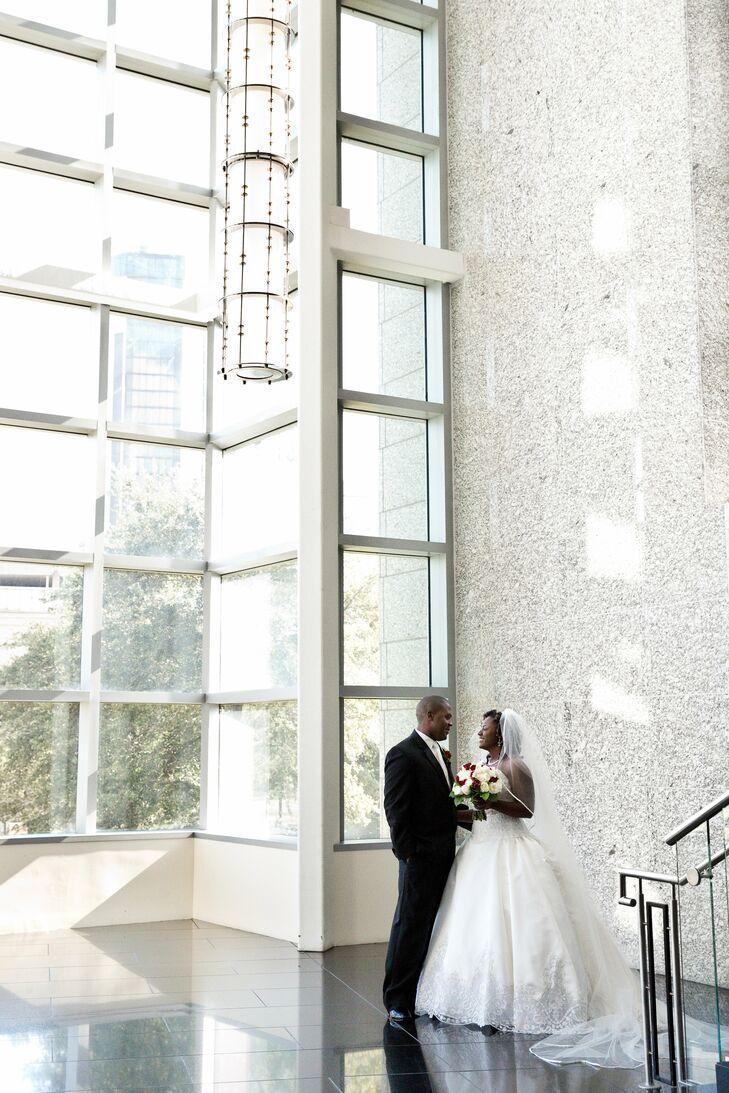 An Alabama Cruise Terminal Wedding in Mobile, Alabama
