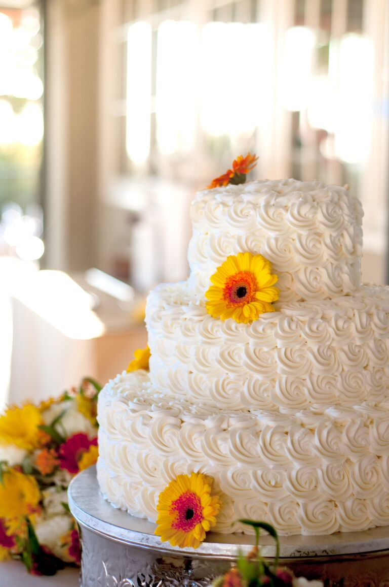 wedding cake icing designs 7 beautiful buttercream frosted wedding cakes 22868