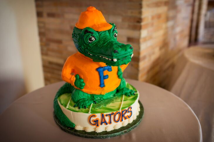 Lu surprised Greg—a University of Florida alum—with a Gators groom's cake.