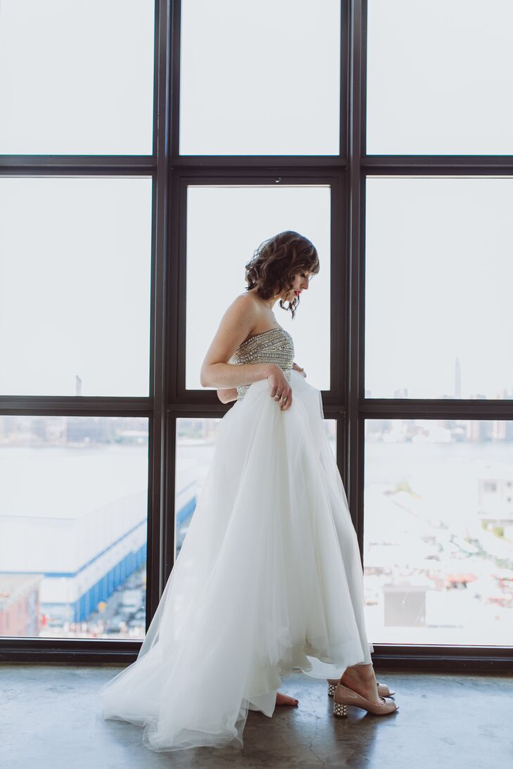 A Modern Loft Wedding at The Foundry in Long Island City, New York