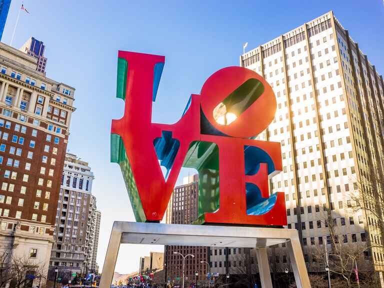 Philadelphia Love statue marriage proposal location
