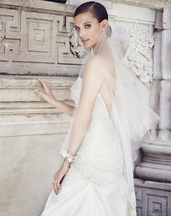 Paloma Blanca Veils Collection V451F Wedding Veils photo