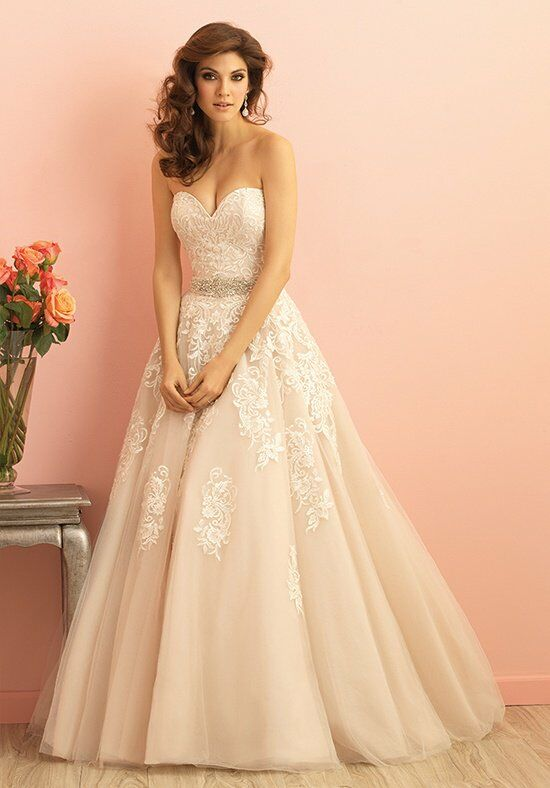 Allure Romance 2858 Wedding Dress photo