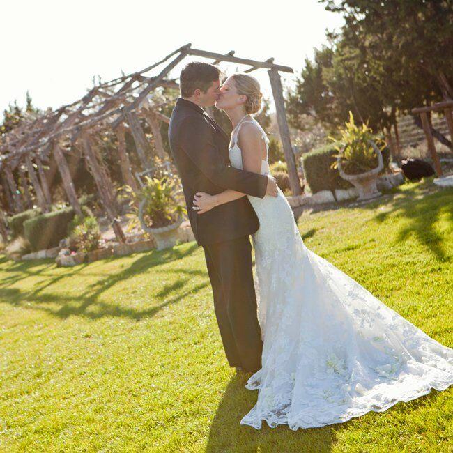 Wedding Gowns Austin Tx: An Elegant Ranch Wedding In Austin, TX