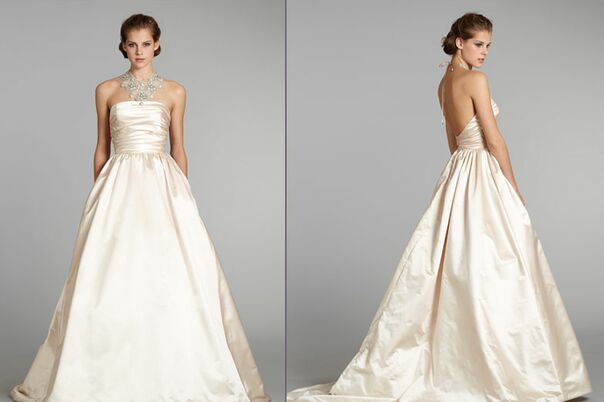 Featured for Wedding dress rental manhattan