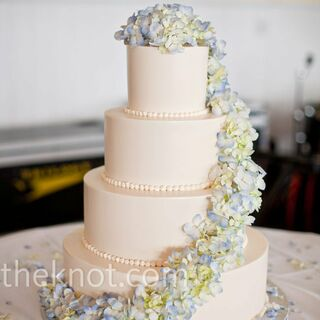 Delightful Real Summer Wedding Cakes Real Summer Wedding Cakes ...